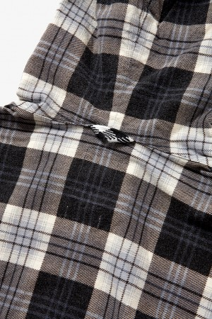 PLAID HOODED SHIRT