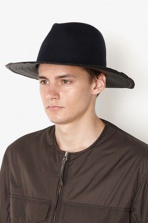 GROWN UP HAT