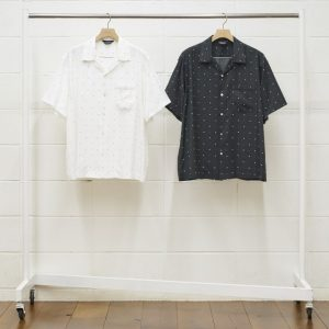 square dot short-sleeve shirt